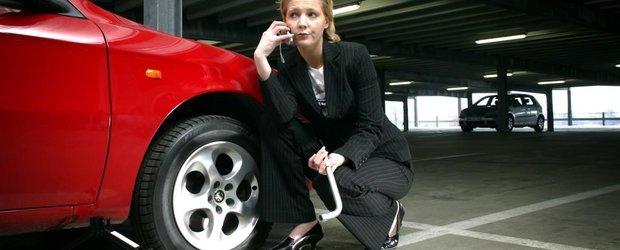Pe tocuri la volan: Femeia, masina si... cauciucurile