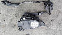 pedala acceleratie 8200089851 pentru Renault Kango...