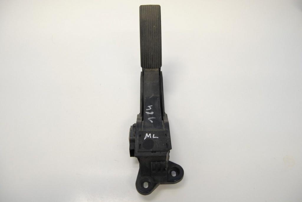 Pedala acceleratie Mercedes ML320 CDI W164 A1643000004