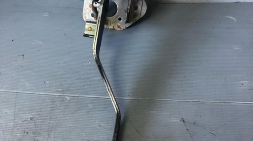 Pedala ambreaj cu senzor 2.0 crdi hyundai tucson 2005-2010