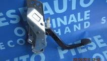 Pedala ambreiaj Opel Zafira 2.0di 16v; 90581106