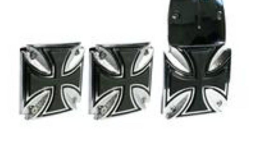 Pedale de Iron Cross design, oferta promotionala