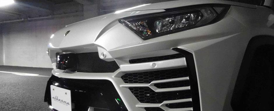 Pentru ce sa mai dai banii pe un Lamborghini Urus? Mai bine cumperi o Toyota RAV4 si o faci sa semene cu unul