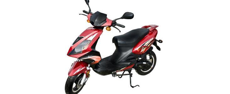 Permisul de conducere pentru mopede, obligatoriu din 2013
