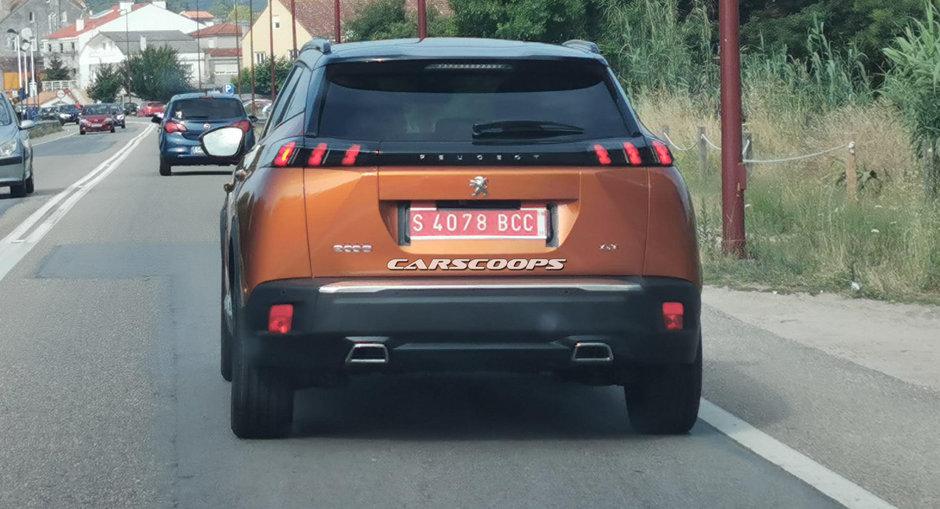 Peugeot 2008 necamuflat
