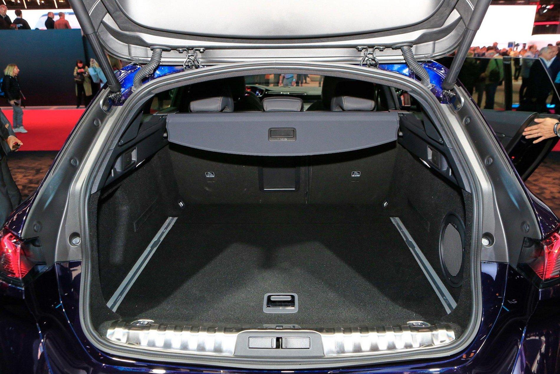 Peugeot 508 SW - Poze reale - Peugeot 508 SW - Poze reale