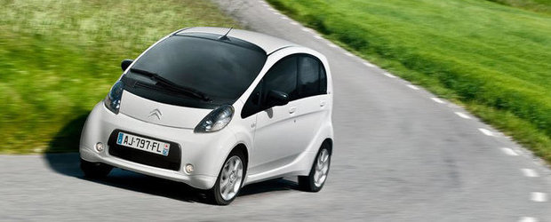 Peugeot iOn si Citroen C-Zero se vand prost. Productia lor a fost oprita temporar!
