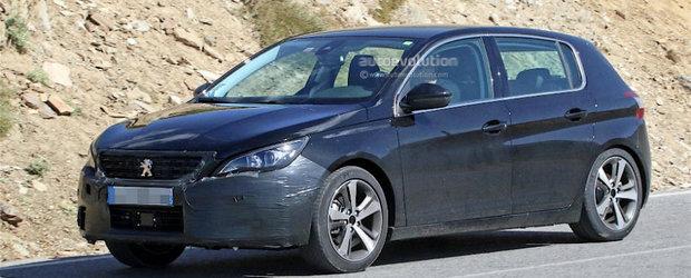 Peugeot pregateste deja concurentul pentru Volkswagen-ul Golf. Viitorul 308 a fost surprins purtand foarte putin camuflaj