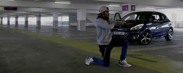 Peugeot promoveaza noul 208 cu muzica si dansuri Dubstep