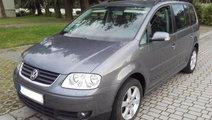 Piese dezmembrari / Dezmembrez VW Touran 2005