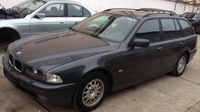 Piese din dezmembrare bmw 525d touring an 2000