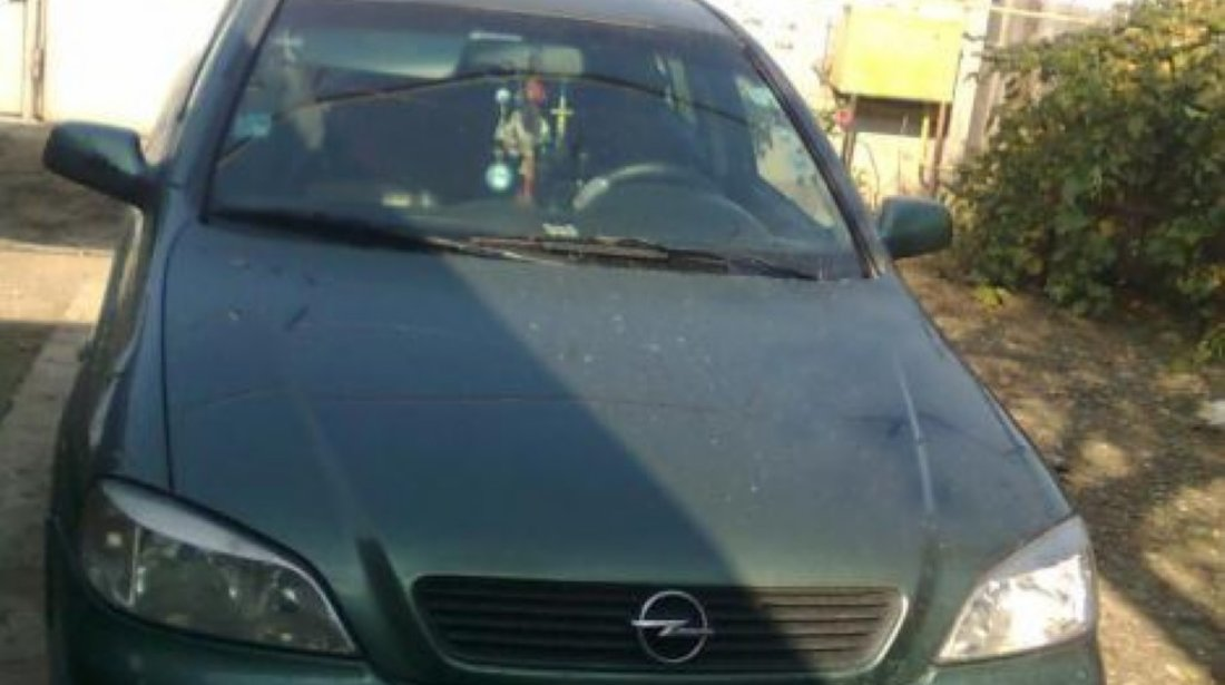 Piese din dezmembrari de Opel Astra G CC din 2009 1 4 benzina twinport hatchback
