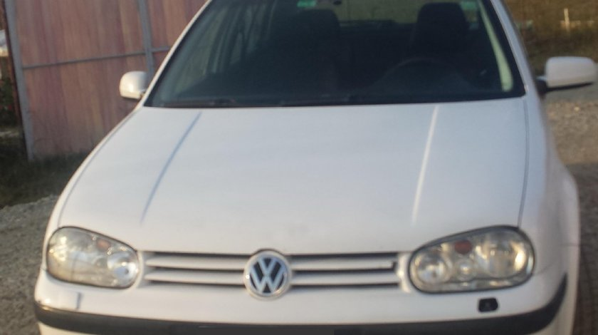 Piese interior bord airbag uri centuri scaun mocheta volan vw golf 4