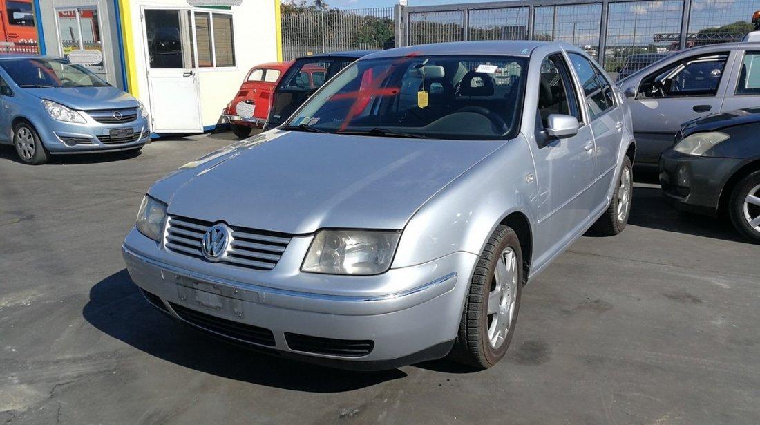 piese second-hand pentru Volkswagen Bora