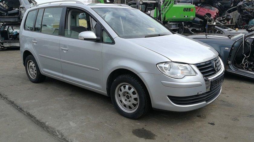 Piese second-hand pentru Volkswagen Touran facelift