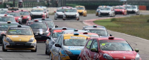 Pilotii PMRacing la start in acest week-end