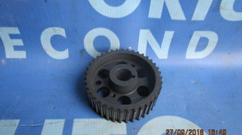 Pinion pompa injectie Alfa Romeo 159 2.4jtdm; 55183530