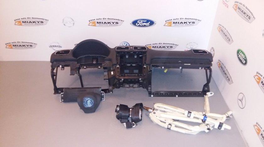 Plansa bord+airbag-uri+centuri VW Golf 6