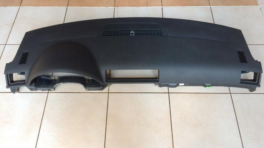 Plansa bord Audi A4  ( 2001 - 2008 )