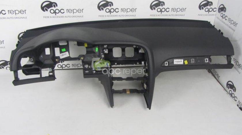 Plansa Bord Audi A6 4F 2010 Originala Neagra