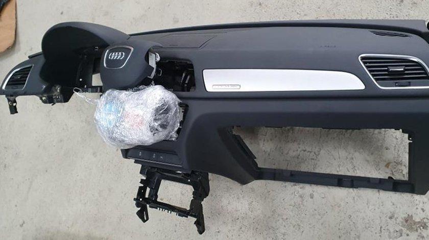 Plansa bord cu airbag AUDI Q3 2012 2013 2014