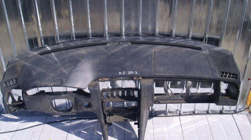 Plansa bord Mercedes E320 W210