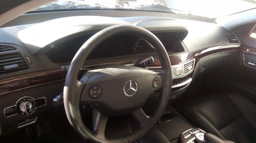 Plansa bord Mercedes S class w221 2007