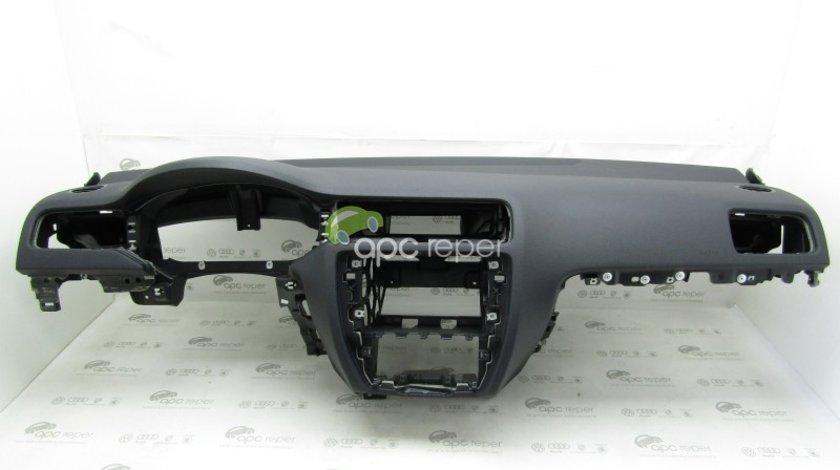 Plansa Bord neagra - VW Jetta Facelift 5C 2016