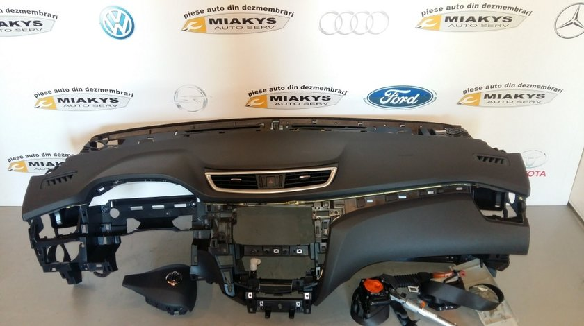 Plansa bord +set airbag-uri Nissan Qashqai 2014-2016