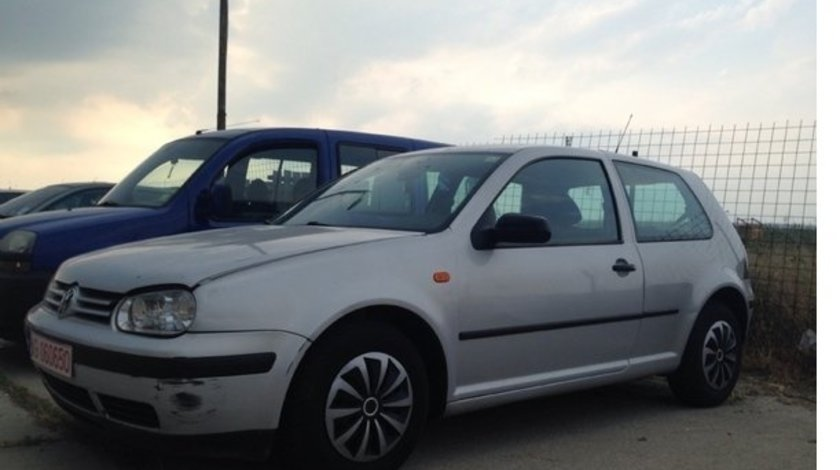Plansa bord vw golf 4 1.6 16v 2001