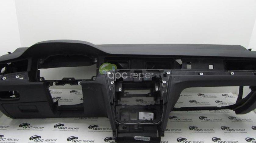 Plansa Bord VW Passat B8 3G model 2016 Ultimul model