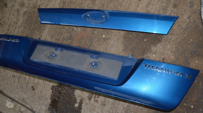 Plastic portbagaj suport numar sau sigla Ford Mondeo MK4