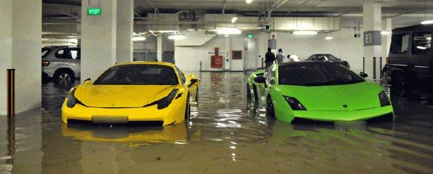 Ploaia din Singapore transforma masinile luxoase in amfibii
