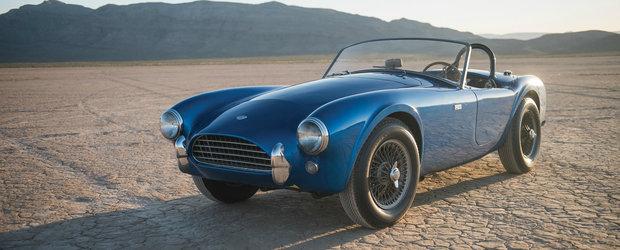 Poate cea mai importanta masina americana din lume: primul Shelby Cobra fabricat e de vanzare