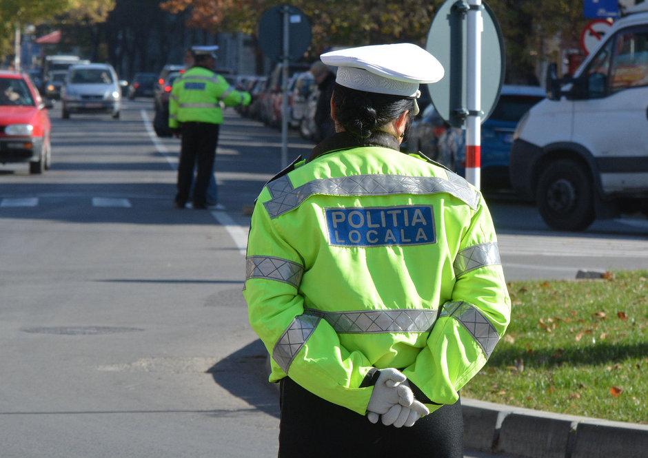 Poate sau nu Politia Locala sa acorde amenzi de circulatie soferilor?