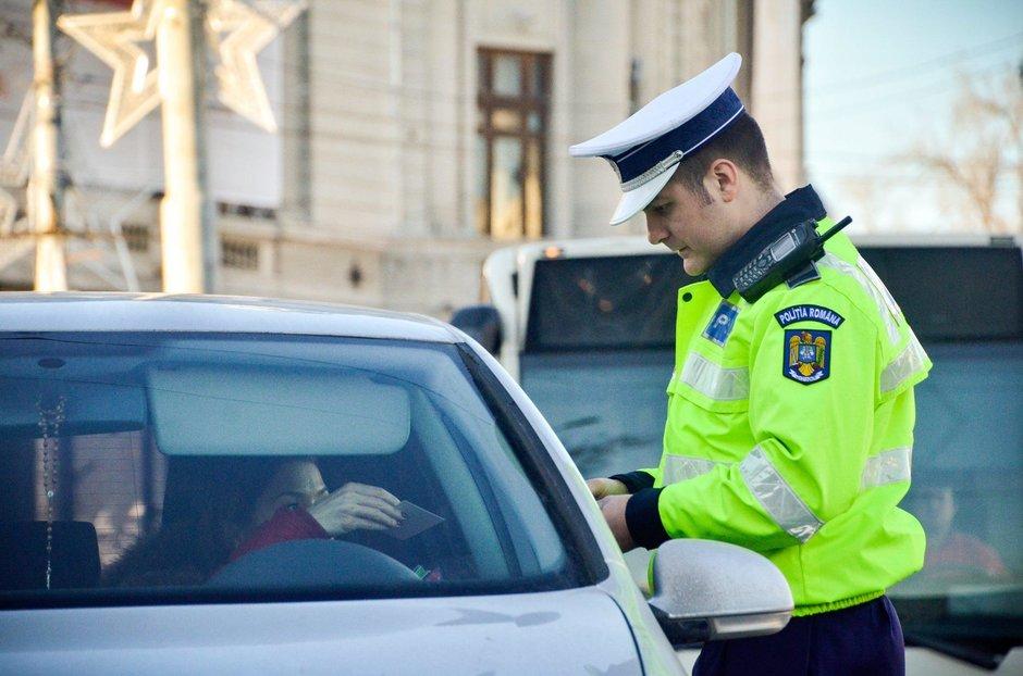 Politist pentru o zi: tu ce ai face pe partea rutiera daca ai fi agent pentru o zi?