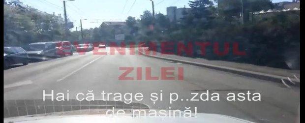 Politistii din Cluj, vanatori de meserie: urmaresc un sofer, injura si fac abuz de uniforma