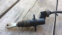 Pompa ambreaj VW Passat B5 8E2721401
