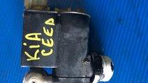Pompa apa spalare parbirz kia ceed 2006-2012 98510...