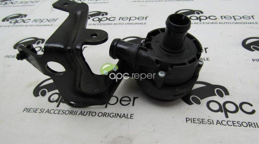 Pompa auxiliara apa VW Golf Sportvan 1.6 TDI motor CRK an 2015 cod  5G0965567