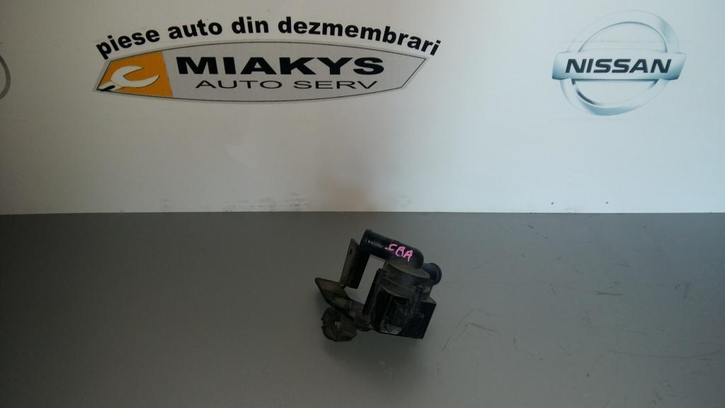 Pompa (auxiliara) de apa VW Passat B7 2.0 tdi