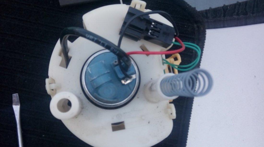 Pompa benzina Mercedes C180 Kompresor