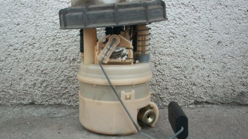 Pompa benzina Renault Clio 2 in stare foarte buna.