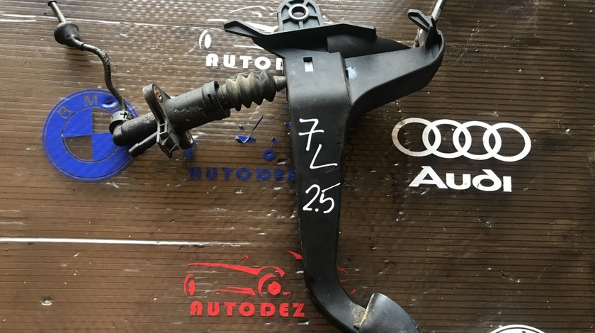 Pompa centrală ambreiaj+ peda VW Touareg 7L 2.5 manual 7L0 721 401