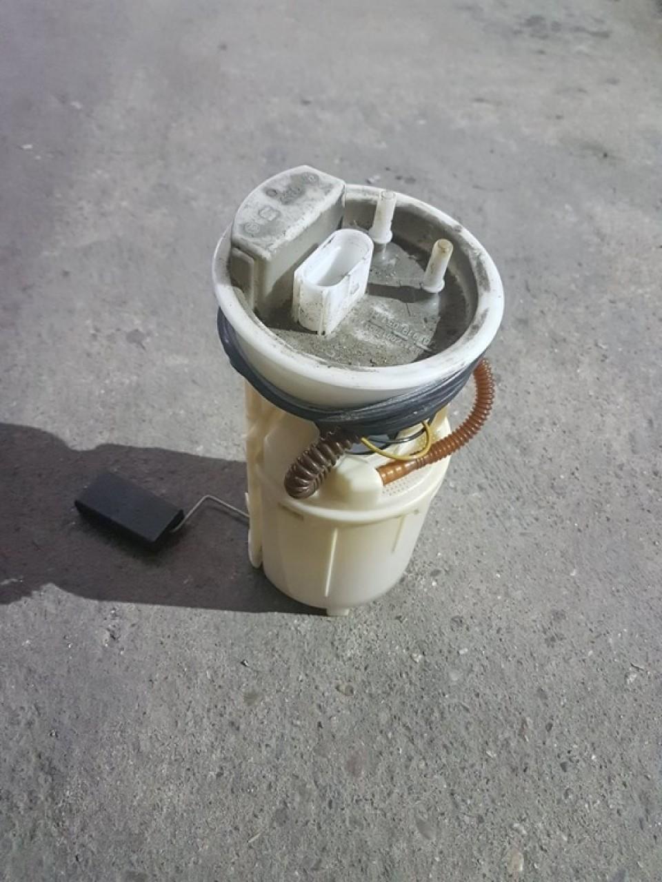 Pompa combustibil rezervor 1j0919051h vw golf 4 1.6 sr avu bfq