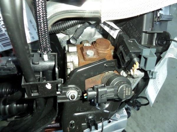 Pompa inalta Ford Fiesta 6 1.6 tdci, 0445010102