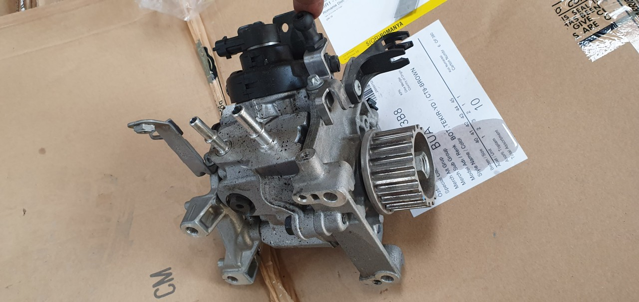 Pompa inalta / injectie Nissan Qashqai 1.5 DCI 2017 2018 2019 167003606r