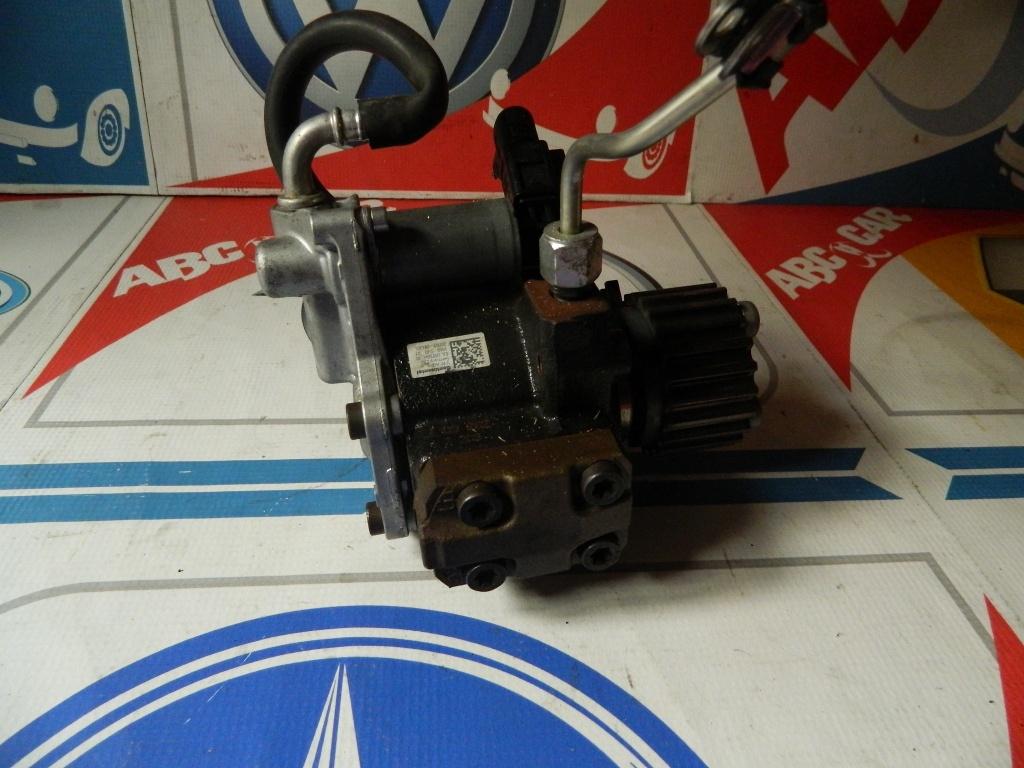 Pompa inalta presiune VW Golf 6 1.6 TDI cod: 03L130755H