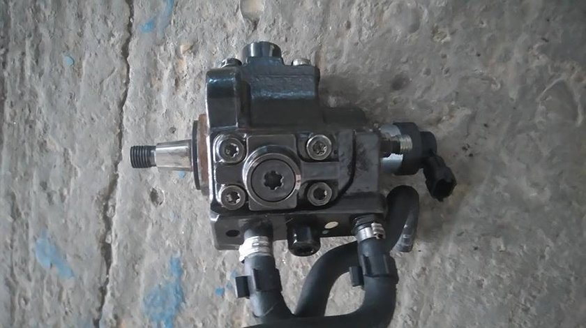 pompa injectie opel astra h , vectra c 1.9 cdti 150 cp cod motor z19dth