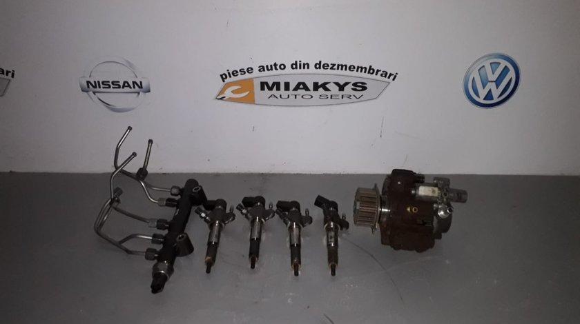Pompa injectie si injectoare Citroen Xsara Picaso pentru motor 9H05